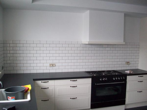 Faience keuken witte keuken fotou s en inspiratie interieurvoorbeelden be keuken betegelen tot - Faience metro wit ...