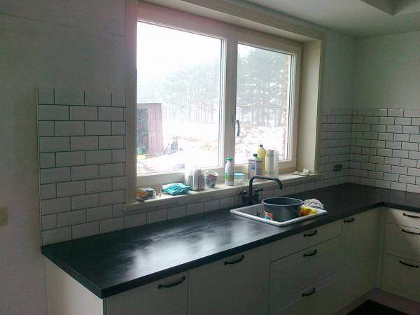 Metrotegels Keuken : Tegelwerken Wijchmaal (PTG001) – Tegelwerken – Vloerwerken